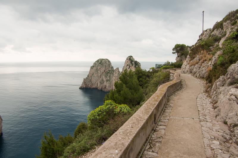 I sentieri nascosti di Capri: viaggio nella natura
