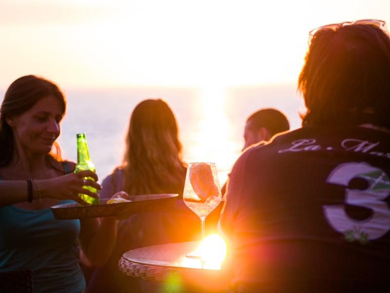 Faro di Punta Carena drink al tramonto