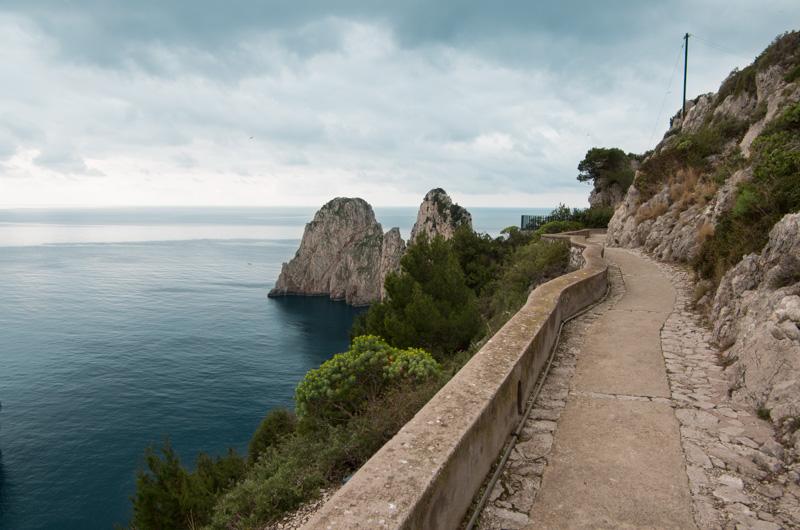 Il sentiero del Pizzolungo a Capri, intreccio tra storia e natura