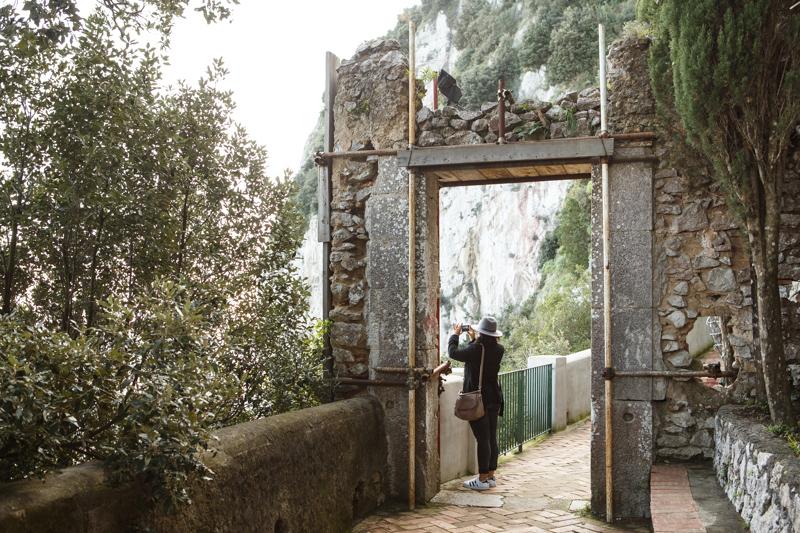 Porta di Anacapri vicino alla Scala Fenicia a Capri