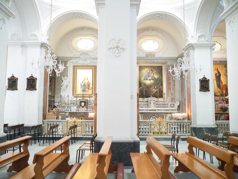 La chiesa di Santo Stefano a Capri:navata destra