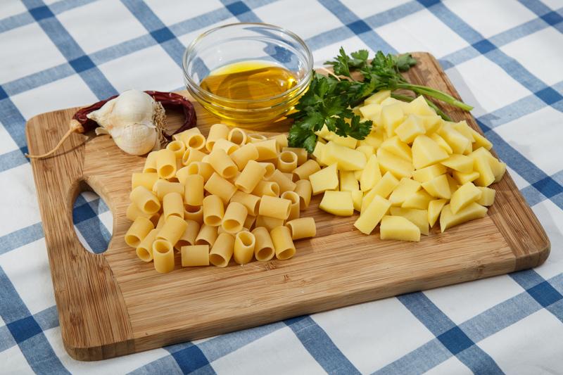 ricette capresi tubettoni e patate ingredienti