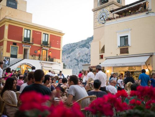 Vacanze di Pasqua a Capri: ecco perché visitare l'isola delle sirene