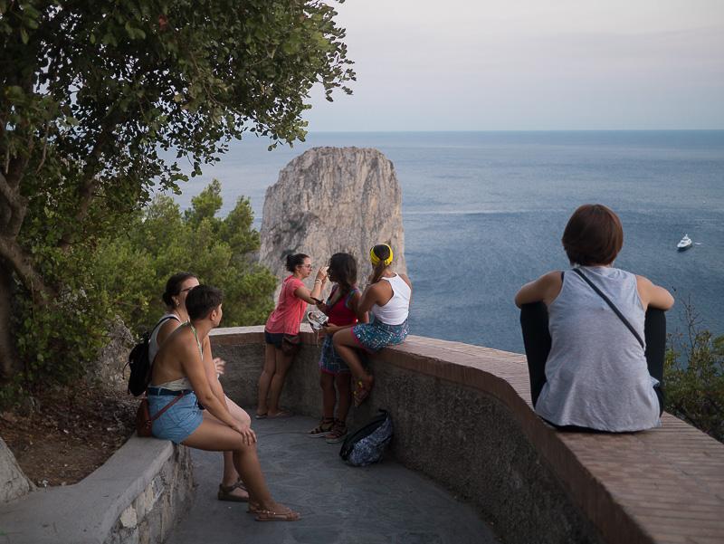 Via Tragara a Capri, belvedere sui Faraglioni