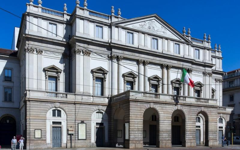 Milano in un giorno teatro alla scala