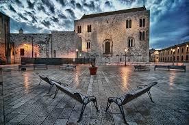 Bari capoluogo da visitare in puglia, splendida foto del centro antico di Bari