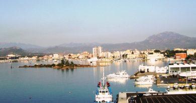 suggestivo panorama del porto vecchio di olbia