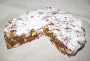 dolce di siena fatto con zenzero e cannella dal gusto molto forte