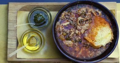 gustoso piatto toscano con verdure miste