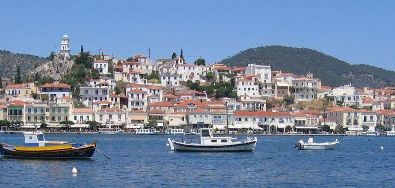 poros isola greca