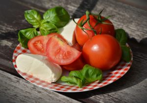 Primi piatti estivi: lasagne caprese