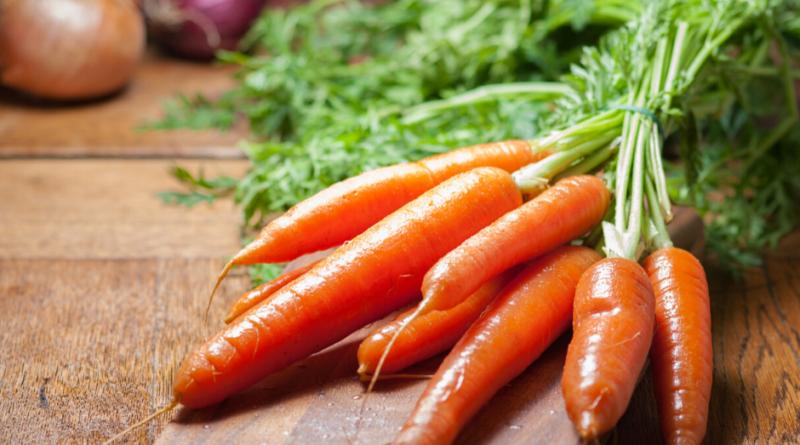 Ricette con carote: le migliori idee per cucinarle al forno o in padella